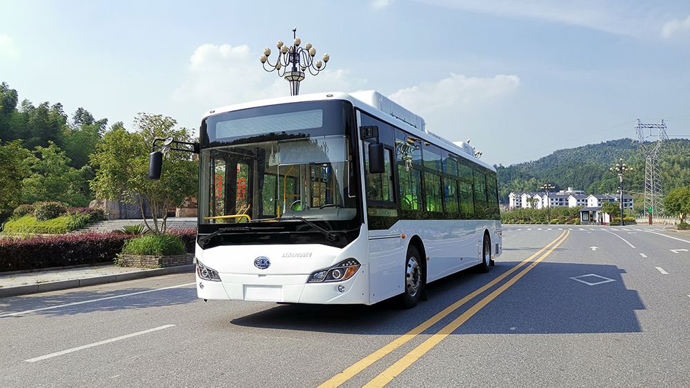 10.5米国内纯电动公交车